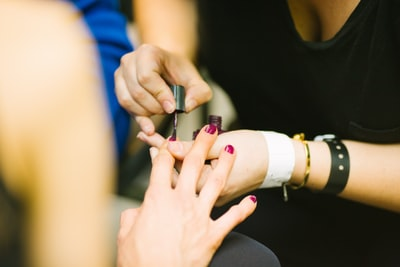 How to find a new beauty shop